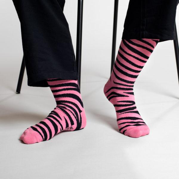 Dedicated Unisex Socken Sigtuna Animal Pattern Pink