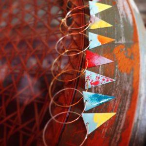 Creole Dreieckanhänger versch. Farben