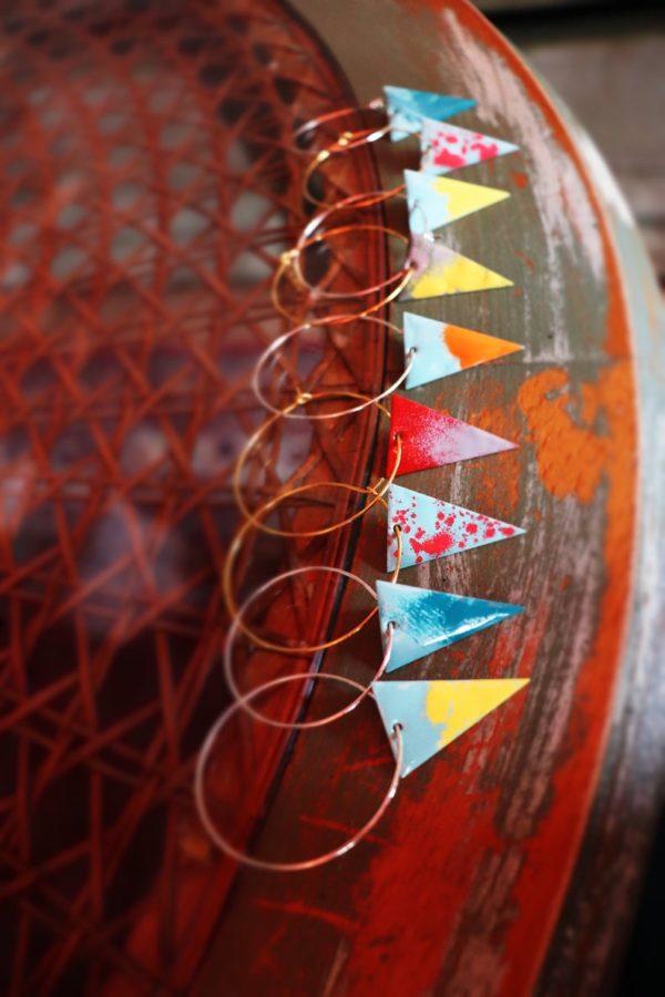 Creole Messing / Anhänger Dreieck versch. Farben
