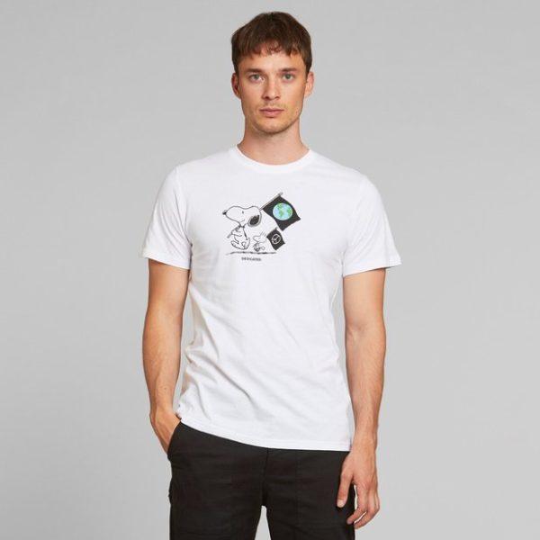 Dedicated Herren T-Shirt Stockholm Snoopy Flags white