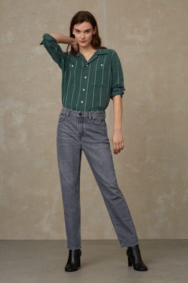 Kings of indigo Damen Jeans Caroline Carson Flintstone grey worn